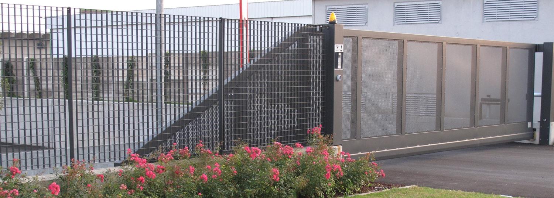 Cancelli su misura grigliati baldassar srl for Baldassar recinzioni