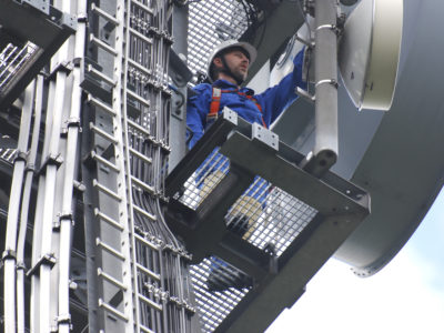 Arbeiten am Mast